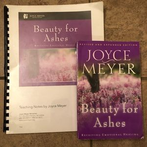 SALE 7/$20 Joyce Meyer book and teaching notes